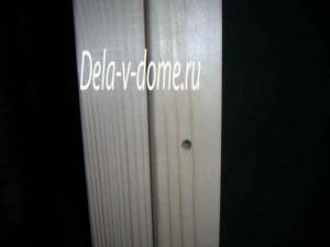 Отверстие под саморез в дверной коробке для крепления ее к стене