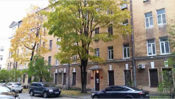Ночевка в Петербурге вэтом доме